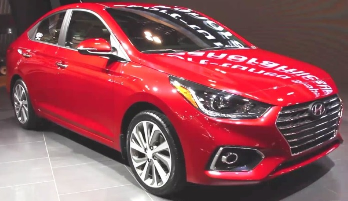 Hyundai Verna 2017 Facelift Launch in India. Changes, Features