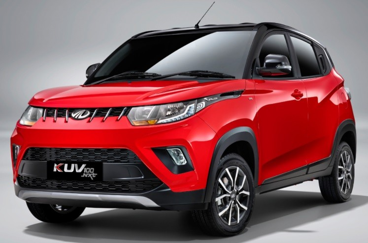 Mahindra KUV100 NXT Facelift Review. Compare Changes in Features, Specs, Prices