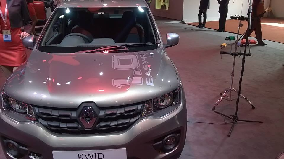 Renault Kwid AMT Auto Gear Shift Launched in India at 4.25 Lakh