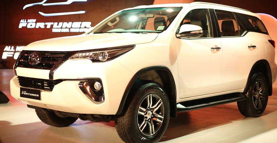 Toyota Fortuner Facelift Prices Changes Specs Features In India