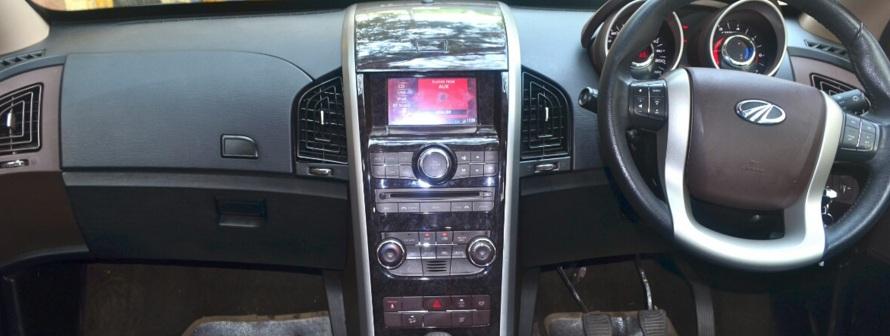 Toyota Innova Crysta Vs Mahindra Xuv500 2018 Facelift Review