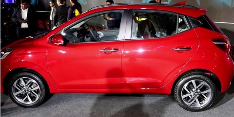 https://www.mycarhelpline.com/images/easyblog_articles/923/b2ap3_thumbnail_Hyundai-Grandi10-Side.jpg