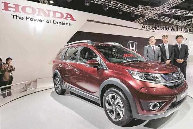 Honda BRV Colors in Orchid Pearl White, Carnelian Red, Albaster Silver, Urban Titanium, Golden Brown and Taffeta White