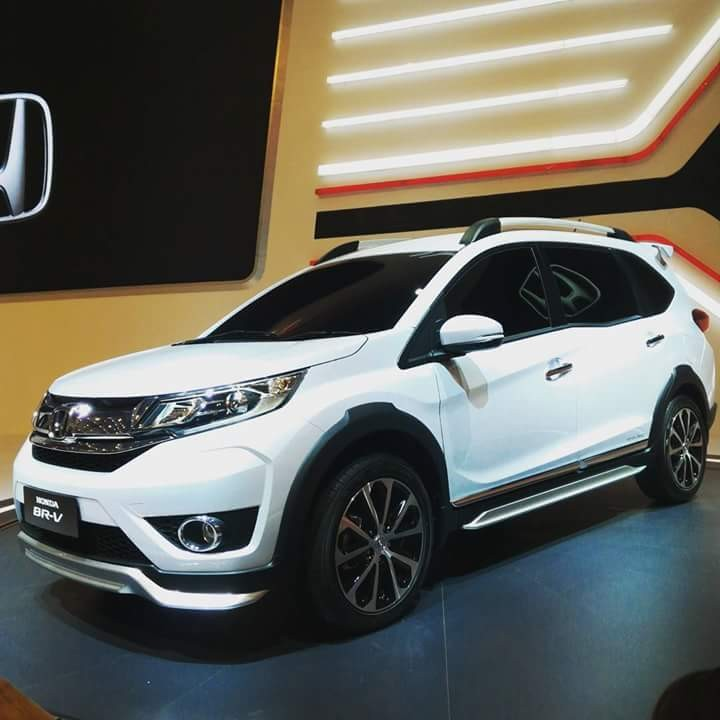 Honda BRV SUV Picture Gallery. Interiors, Exteriors, Colors, Specs of BRV