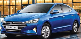 Hyundai Elantra photo